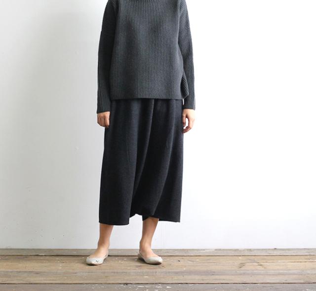 evam eva  エヴァムエヴァ press wool sarrouel pants
