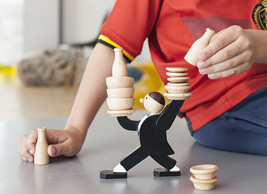 Don't Tip The Waiter Stacking Game ドントティップザウェイタースタッキングゲーム