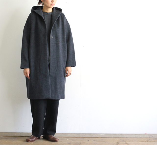 evam eva  エヴァムエヴァ press wool hooded coat E193K045