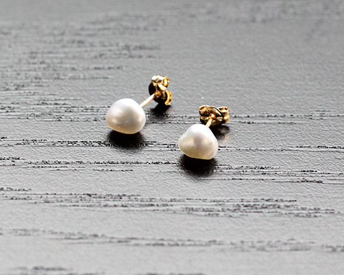 Small Keshi Pearl Post Earrings by SOURCE
