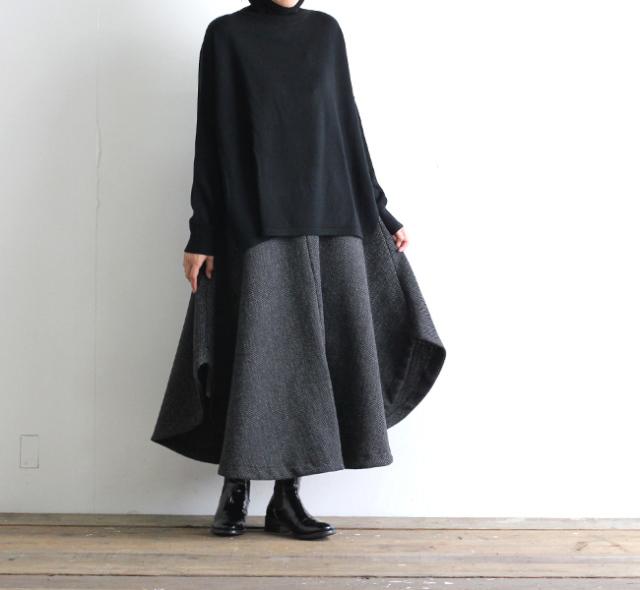 ironari イロナリ  by EEL ○スカート