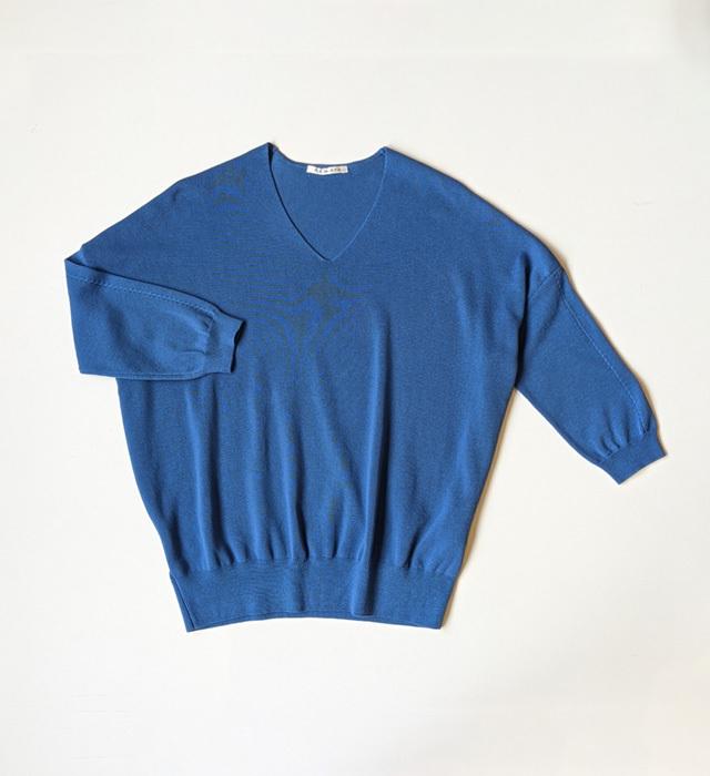 強撚コットン Vネックドルマンスリーブニット/ブルー