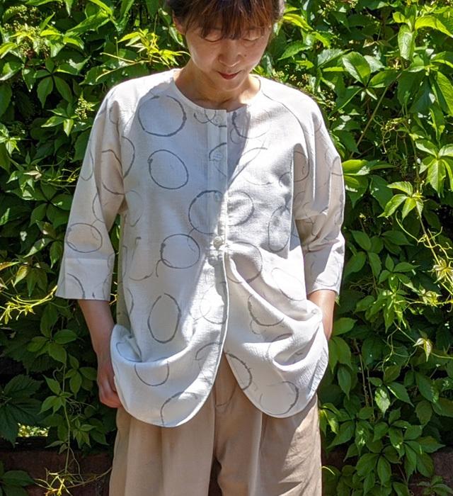 【レディース】マンガン絣クールビズ クルーネックブラウス/2020年 新作水輪柄/白色