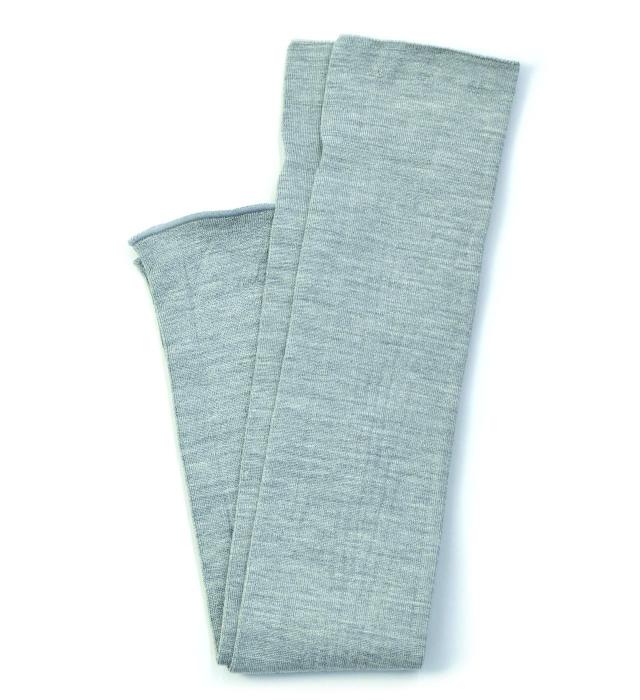 シルク糸でつくったニットアームカバー/グレー