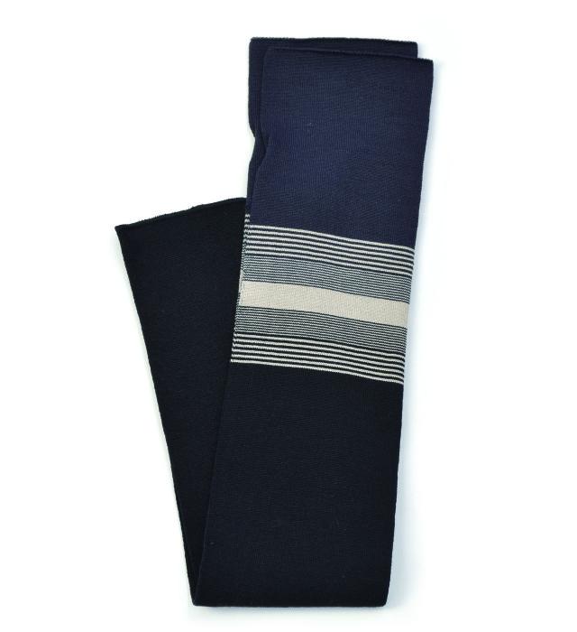 シルク糸でつくったニットアームカバー ボーダー柄/ブラック×チャコールグレー