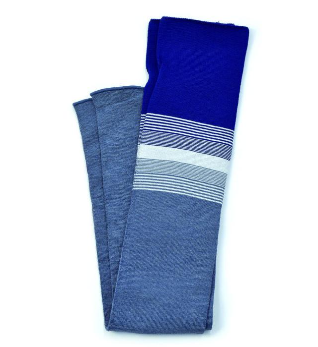 シルク糸でつくったニットアームカバー ボーダー柄/ブルー×ダークブルー