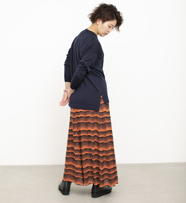 オリジナル柄,オリジナルテキスタイル,見附ニット,ジャガードニット,ジャガードスカート