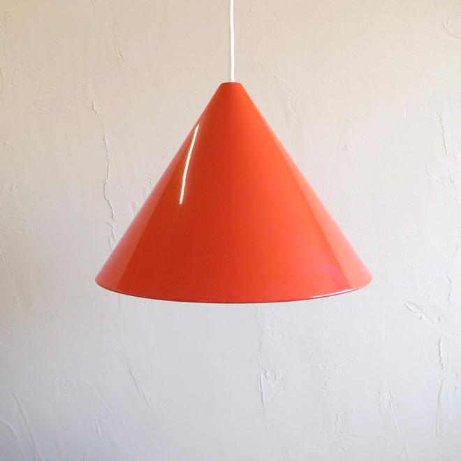 Arne Jacobsen / アルネ・ヤコブセン ルイスポールセン  ビリヤードランプ