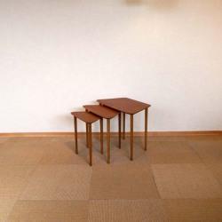 クート・オステヴィグのネストテーブル