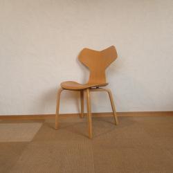 Arne Jacobsen / アルネ・ヤコブセン フリッツ・ハンセン 3134 グランプリチェア【ビーチ】