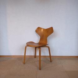 Arne Jacobsen / アルネ・ヤコブセン フリッツ・ハンセン 3130グランプリチェア 【ビーチ】
