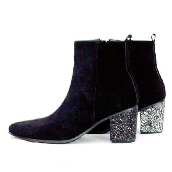 本革ブーツ・Metal Heel Boots
