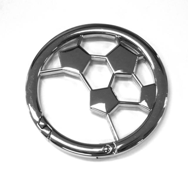 サッカーボールカラビナ