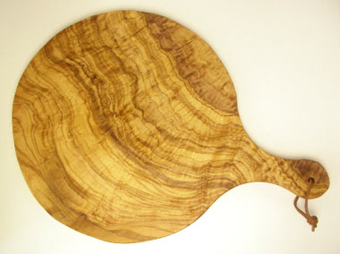 ピザ用オリーブの木のまな板円形、丸、ラウンドオリーブウッドカッティングボード Dモデル【無垢一枚板イタリア製】 PLC_D68