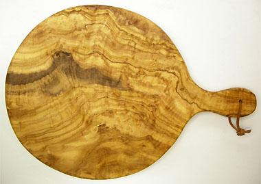 ピザ用オリーブの木のまな板円形、丸、ラウンドオリーブウッドカッティングボード Dモデル【無垢一枚板イタリア製】 PLC_D52
