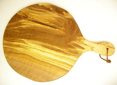 ピザ用オリーブの木のまな板円形、丸、ラウンドオリーブウッドカッティングボード Dモデル【無垢一枚板イタリア製】 PLC_D61
