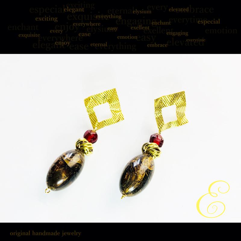 ピアス brass×グラスビーズXアクリルビーズ E-pi-0001