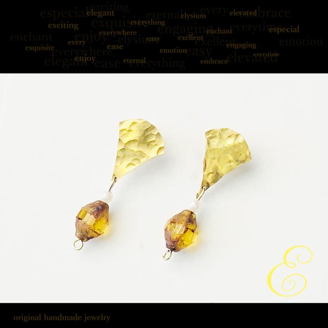 ピアス brass×樹脂パール×グラスビーズ E-pi-0003