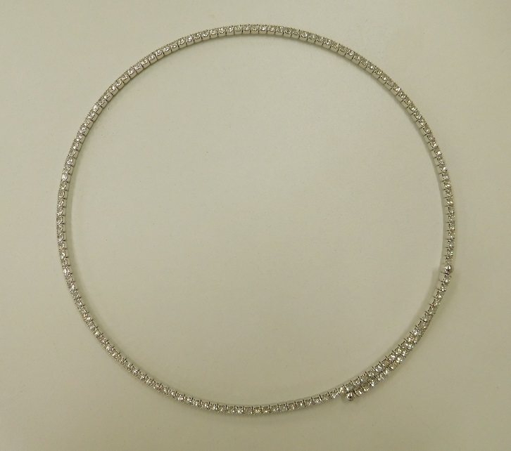 JN クリスタルガラス キラキラループ ネックレス