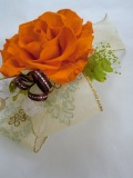 【成人式や結婚式の和装 濃いオレンジ 髪飾り】