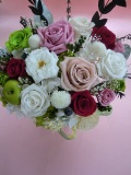 【プリザーブドフラワー】 両親贈呈 退職祝い 新築祝いに木の花器でクラシカルスタイルグリーンラズベリーL