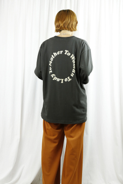 WOM(ワム)  adoration mom long tee   SNB-J-35-SUMI