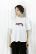 OKIRAKU (オキラク)printed t-shirt ai40404