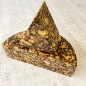 チェダーポーター 黒ビール 大理石模様 ハロウィン 茶色いチーズ