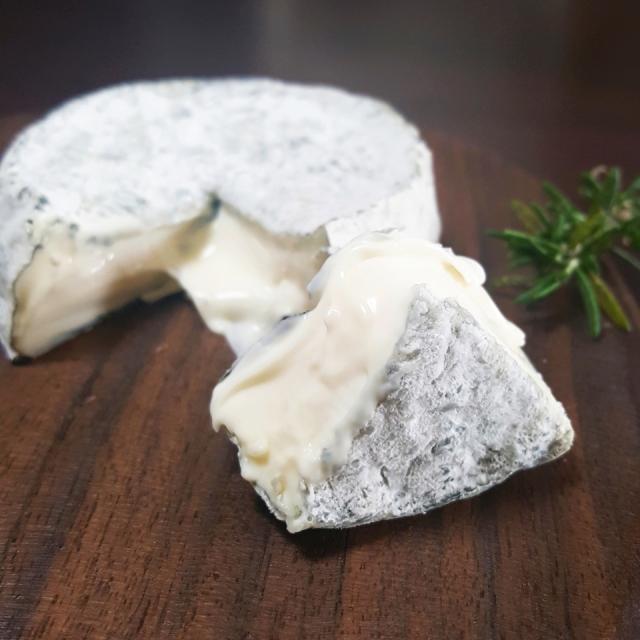 チーズ専門店 山羊 シェーブル