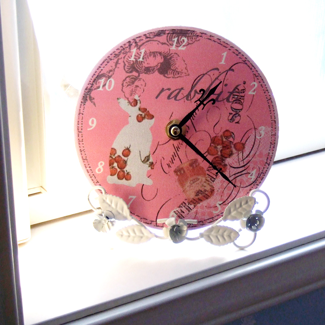 ミニ時計 うさぎのクラシカルガーデン
