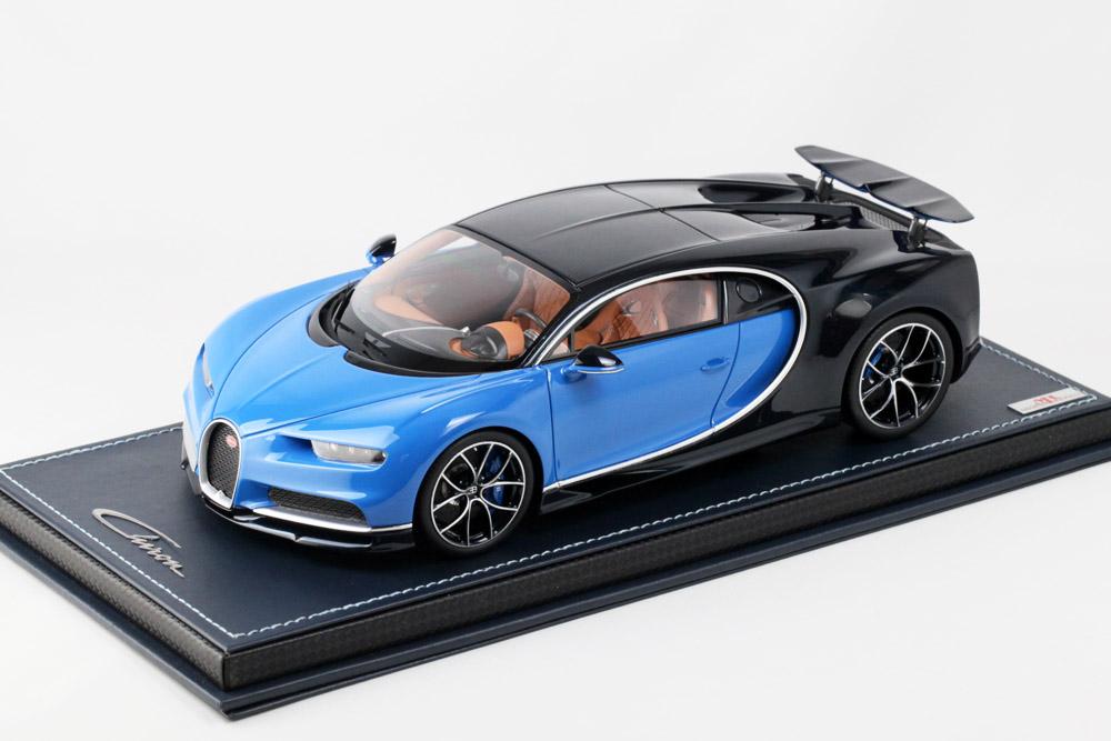 MR collection BUG06SE2 1/18 Bugatti Chiron Atlantic Blue / Bugatti Light Blue Sport with Open Wing Limited 99pcs
