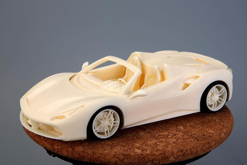 Hobby Design /ALPHA Model 1/24キット Ferrari 488 Spider