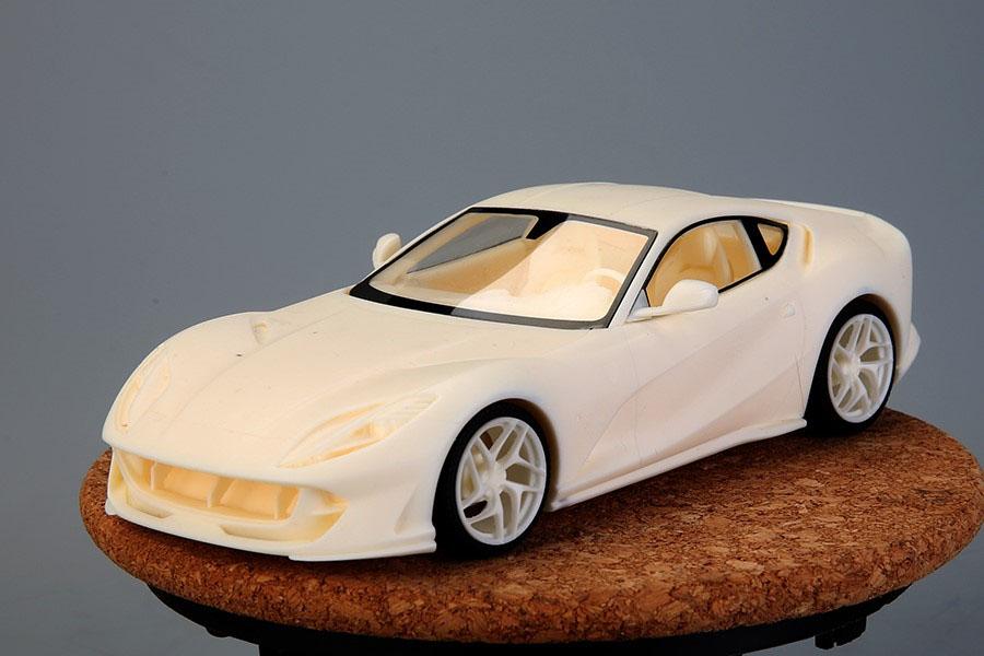 ** 予約商品 ** Hobby Design /ALPHA Model 1/24キット Ferrari 812 Superfast