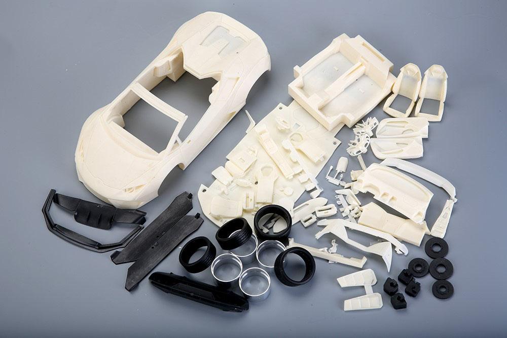 ** 再入荷待ち ** Hobby Design /ALPHA Model 1/18キット LB WORKS Lamborghini Huracan Spyder