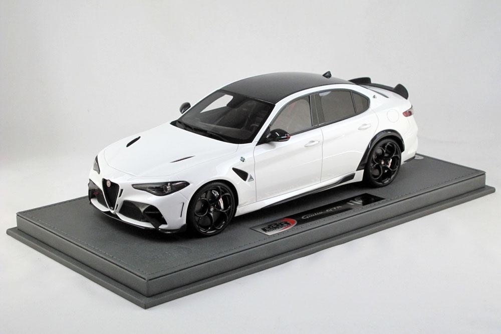 BBRC1851B2V 1/18 Alfa Romeo Giulia GTA Bianco Trofeo /(シルバーキャリパー) Limited 20pcs (ケース付)