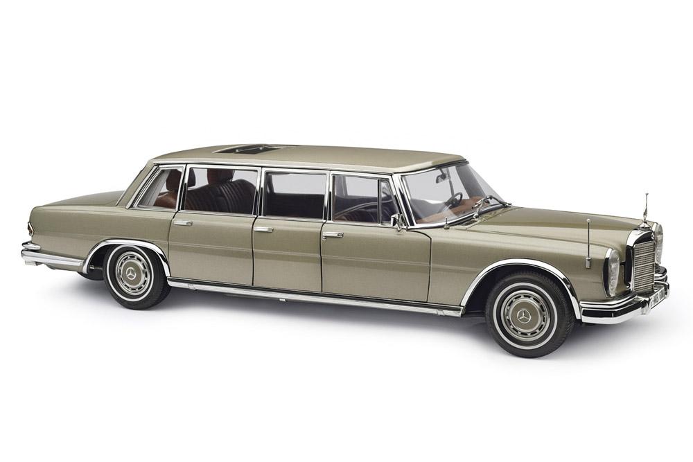 CMC M204 1/18 Mercedes-Benz (W100) 6-door Pullman with sunroof