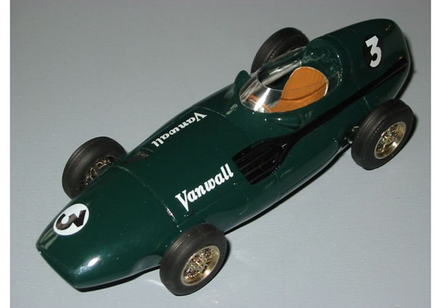 Jade Miniatures J4307 1/43 Vanwall F1 1956 Low Scuttle