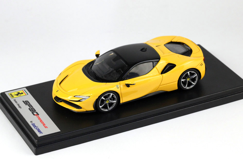LOOKSMART LS504B Ferrari SF90 Stradale Giallo Modena /Nero DS