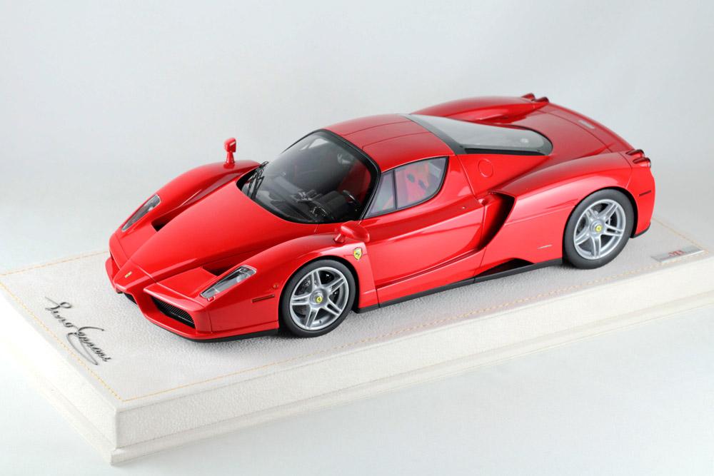 MR collection 1/18 Ferrari Enzo Rosso Corsa