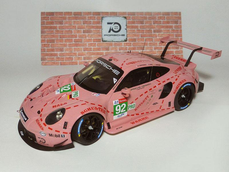 プロフィール P24112 1/24 Porsche 911 RSR n.92 1st GT Pro Pink Pig Le Mans 2018