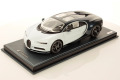 ** 予約商品 ** MR collection BUG08C 1/18 Bugatti Chiron Sky View Glacier White / Lake Blue Metallic
