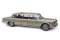 ** 予約商品 ** CMC M204 1/18 Mercedes-Benz (W100) 6-door Pullman with sunroof