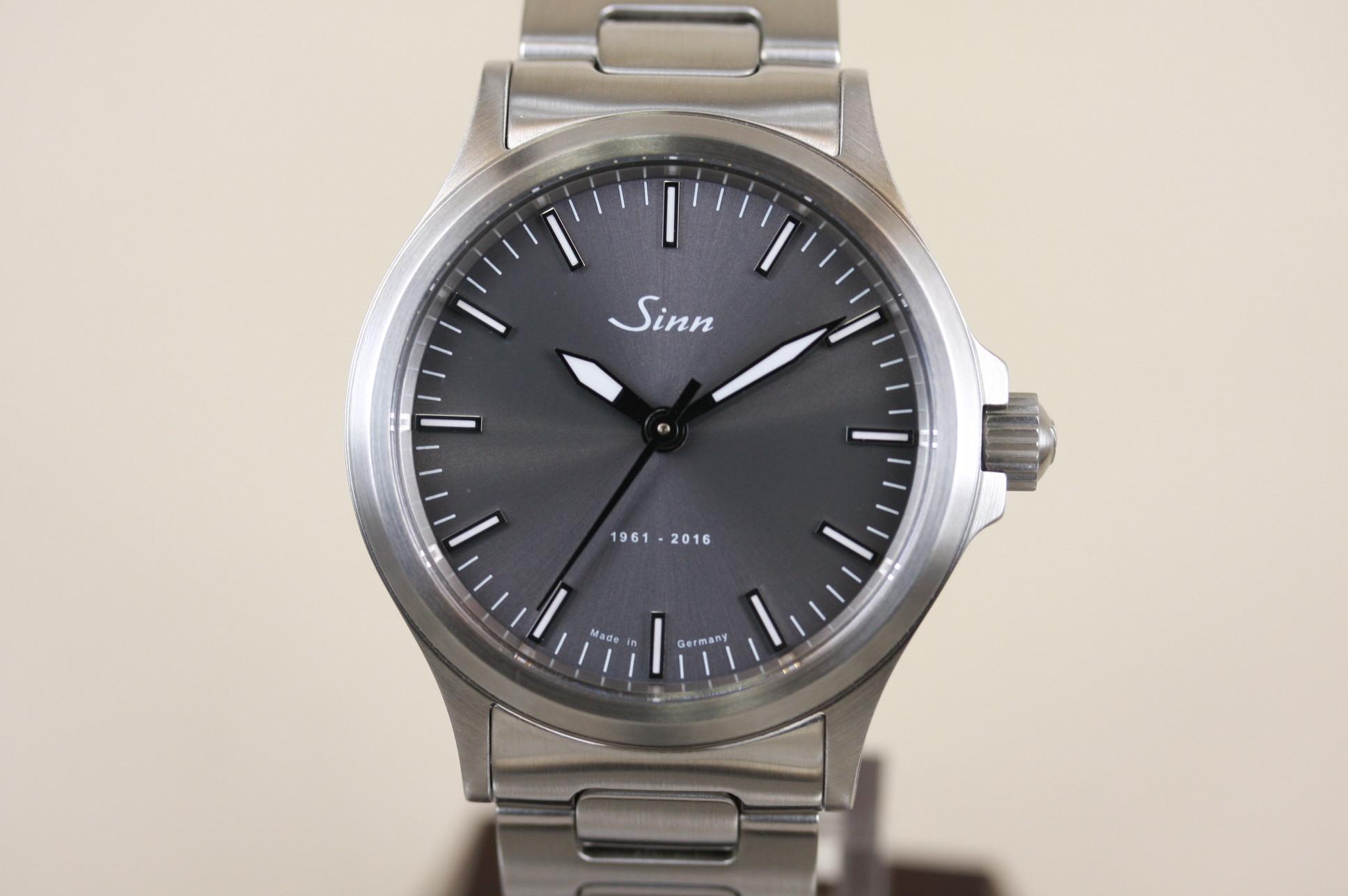 ジン 556