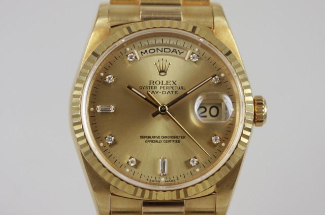 デイデイト 18238A W番 SOLD