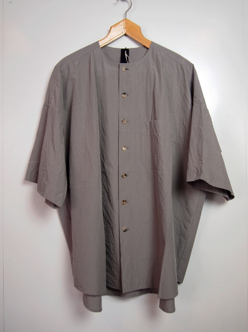 【SALE/セール/30%OFF】[送料無料]FORME D' EXPRESSION/OVERSIZED 1/2 SLEEVED SHIRT.  [41-181-0001]