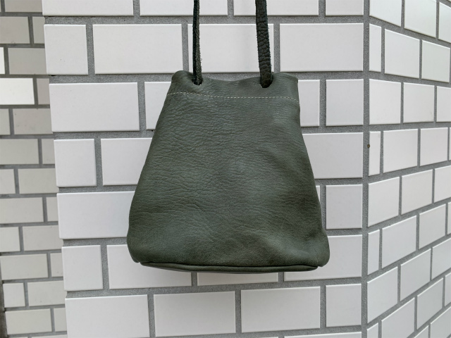 GUIDI/グイディ/BK1/SOFT HORSE FULL GRAIN NYLON LINING SMALL BUCKET BAG [48-202-0001]