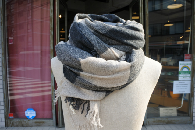 FORME D' EXPRESSION/MAILA BARRE SCARF [48-202-0010]