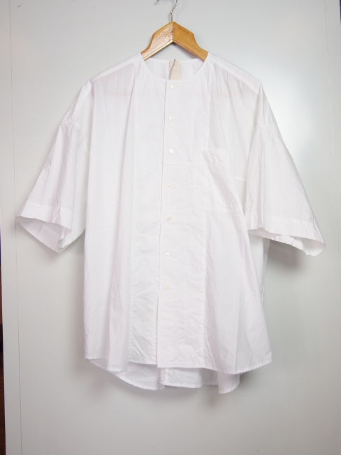 〇[送料無料]FORME D' EXPRESSION/OVERSIZED 1/2 SLEEVED SHIRT.  [41-181-0002]