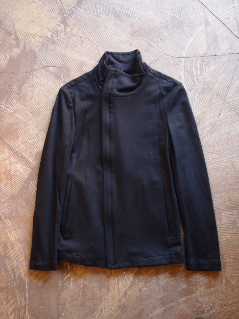 【SALE/セール/30%OFF】[送料無料]FORME D' EXPRESSION/HI NECK ASYNMETRIC JACKET.  [37-161-0007]