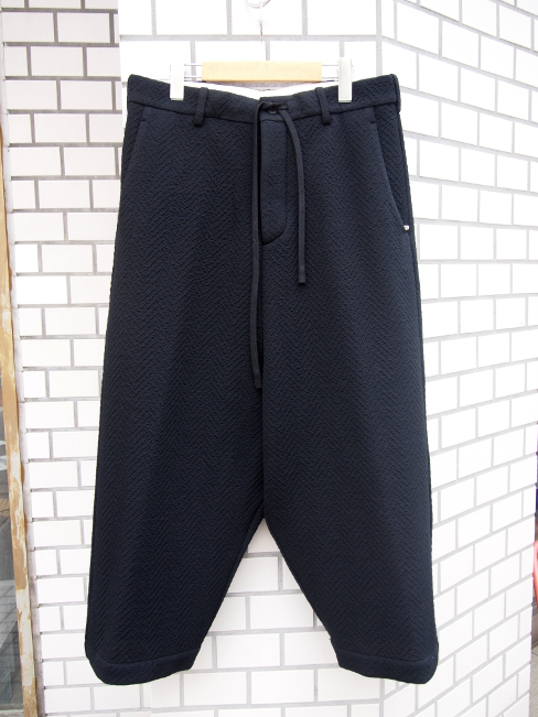 【SALE/セール/30%OFF】[送料無料]FORME D' EXPRESSION/TAILORED FISHERMAN PANTS.  [43-162-0005]